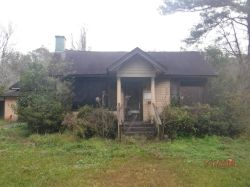 2217 HOPPIN ST. Nuisance Property