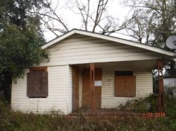 1004 ALBA ST. Nuisance Property