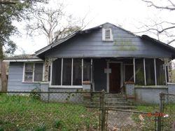 525 YUKERS ST. Nuisance Property
